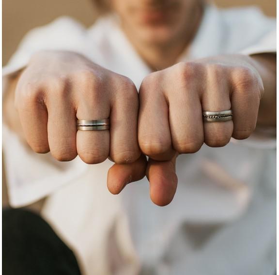 Dash Titanium Ring