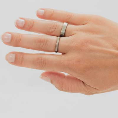 Neuro Flat Medium Titanium Ring