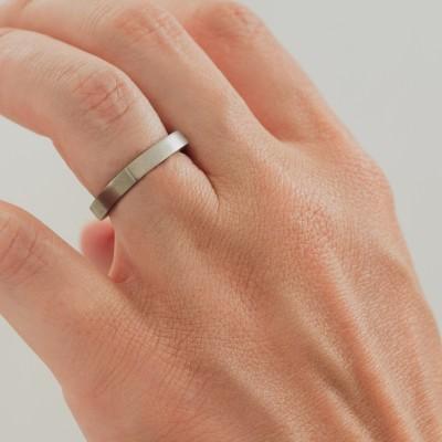 Neuro Flat Fine Titanium Ring